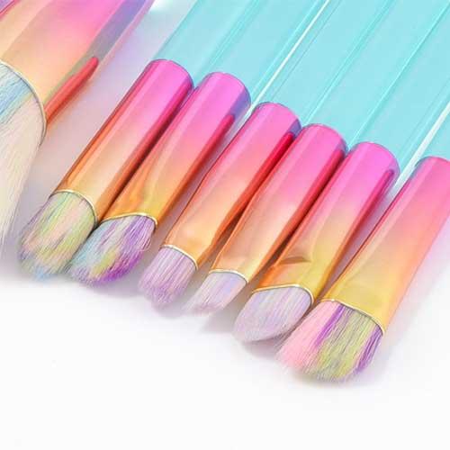 Eyeshadow makeup brushes